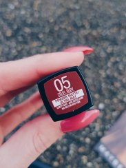 CRUEL BABY MATTE LI|PSTICK MAYBELLINE NEW YORK RED
